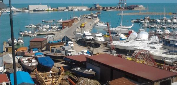 Porto-di-Termoli.jpg